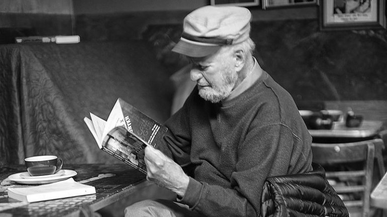 lawrence ferlinghetti 2012 770x433 acf cropped